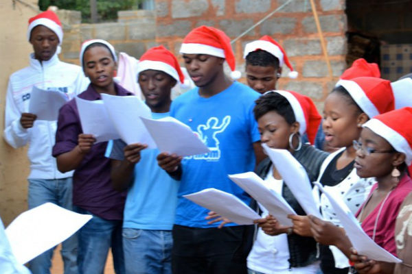 Christmas In Africa Traditions.Buzzercast Com 5 Christmas Traditions To Mark The Festive
