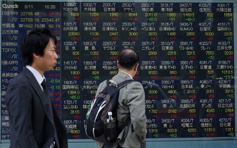 Tokyo stocks close down on profit-taking
