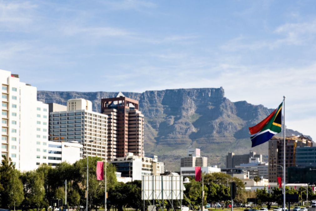 Cape Town is Africa's top airport once again